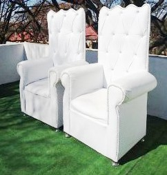 His and hers chairs from R900